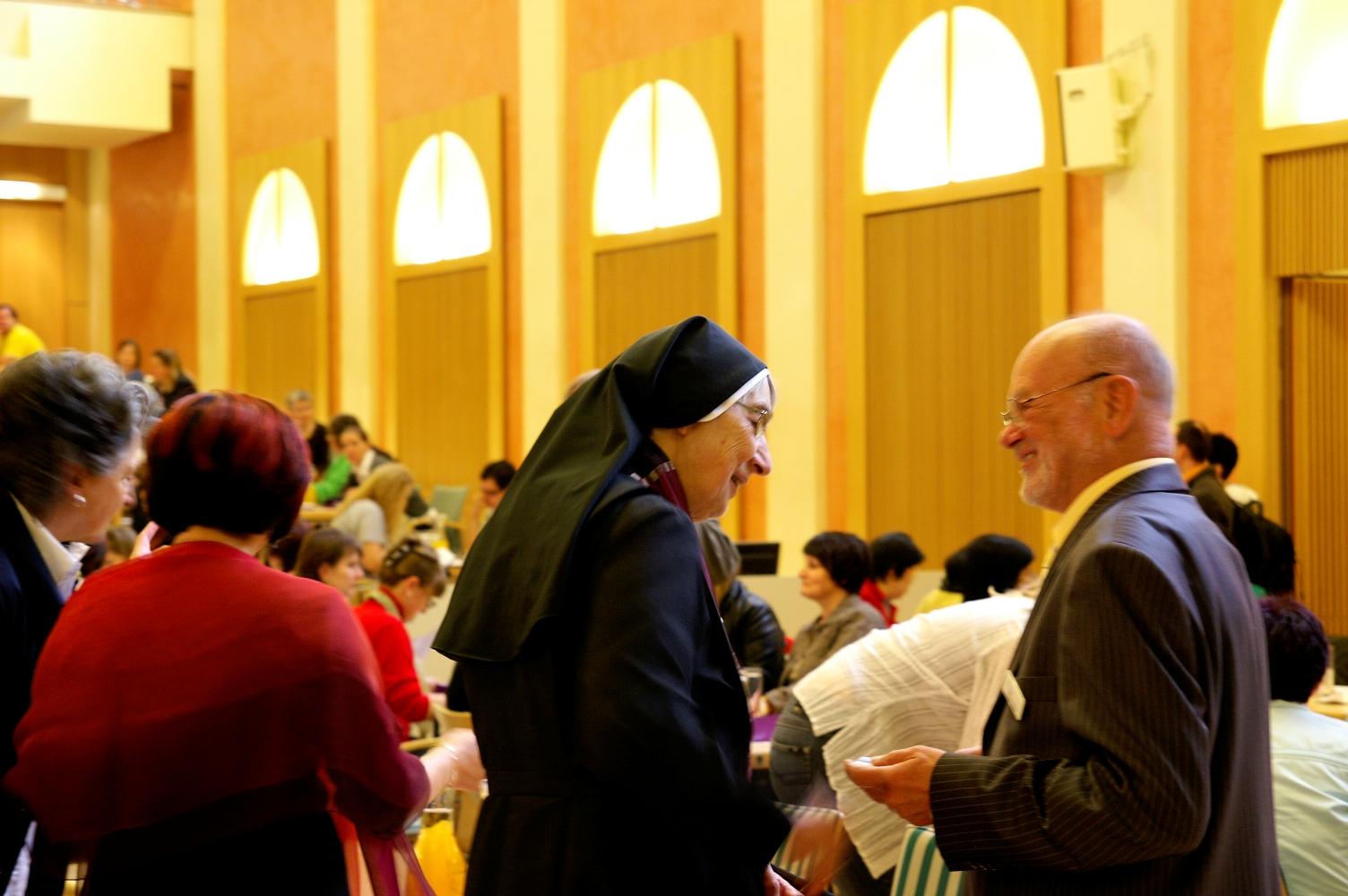 Sr. Liliane Juchli (77, Schweiz) und Prof. Erwin Böhm (70, Österreich)
