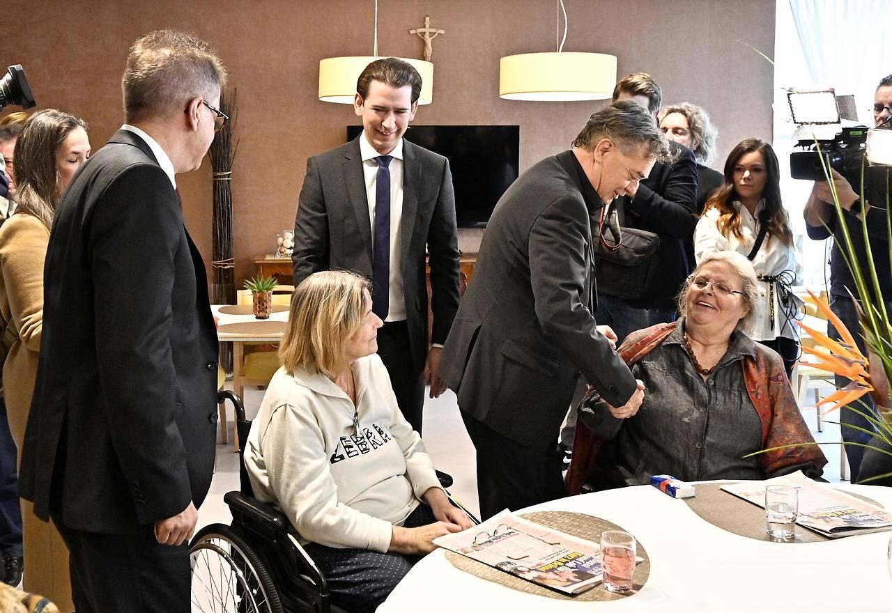 Bundesregierung_pflegeheimbesuch_HdB_13-01-2020_Foto_ORF